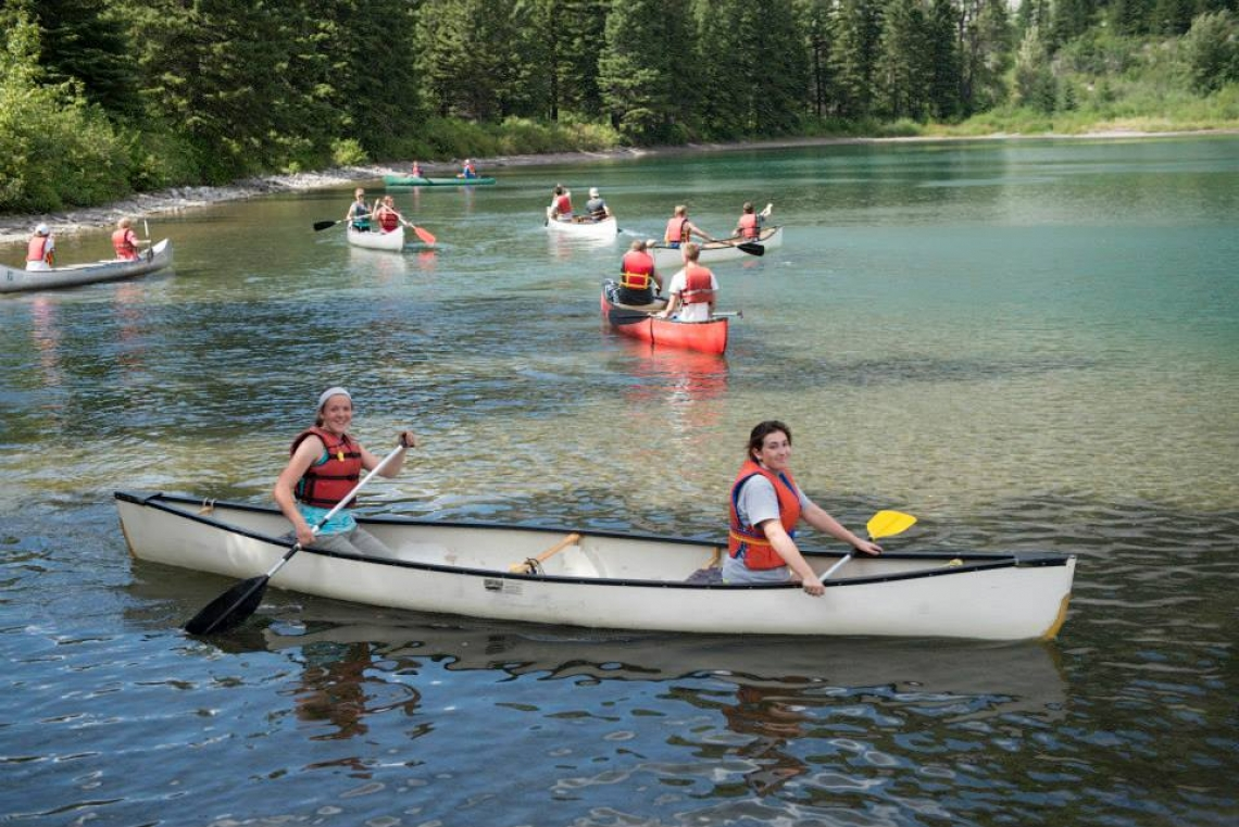 Canoeing on Crowsnest Lake